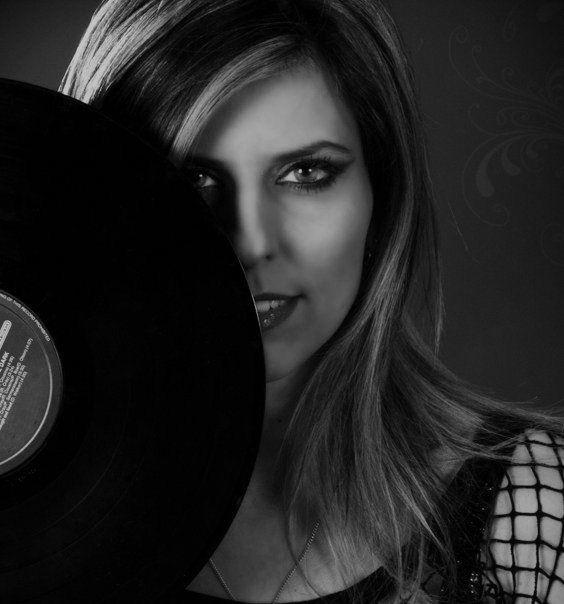 Alienna | Miss Ann